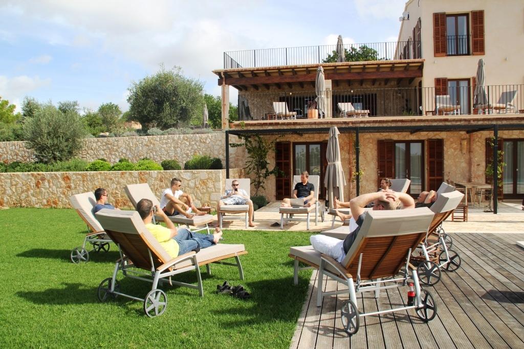Online-Marketing .Mastermind-Treffen auf Mallorca (Finca Hasta La Vista) mit Oliver Pfeil